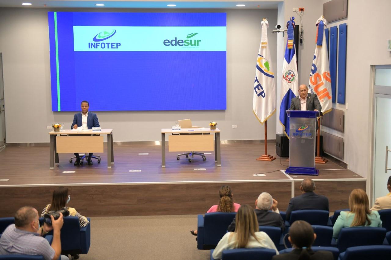 """Infotep y Edesur inician modalidad de pasantía dentro del programa """"Electricista Comunitario"""""""